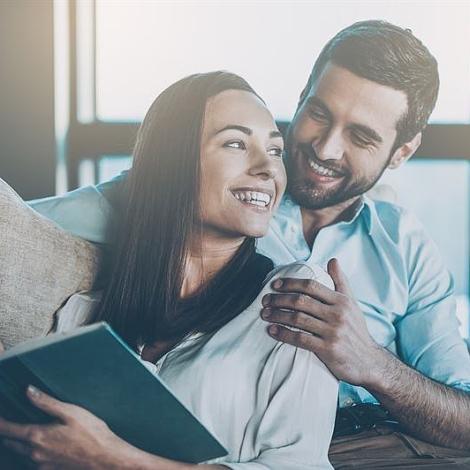 Odwieczna wojna? Jakie są różnice w budowaniu programów lojalnościowych dla kobiet i mężczyzn?